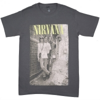 NIRVANA Brick Wall Alley Photo Tシャツ